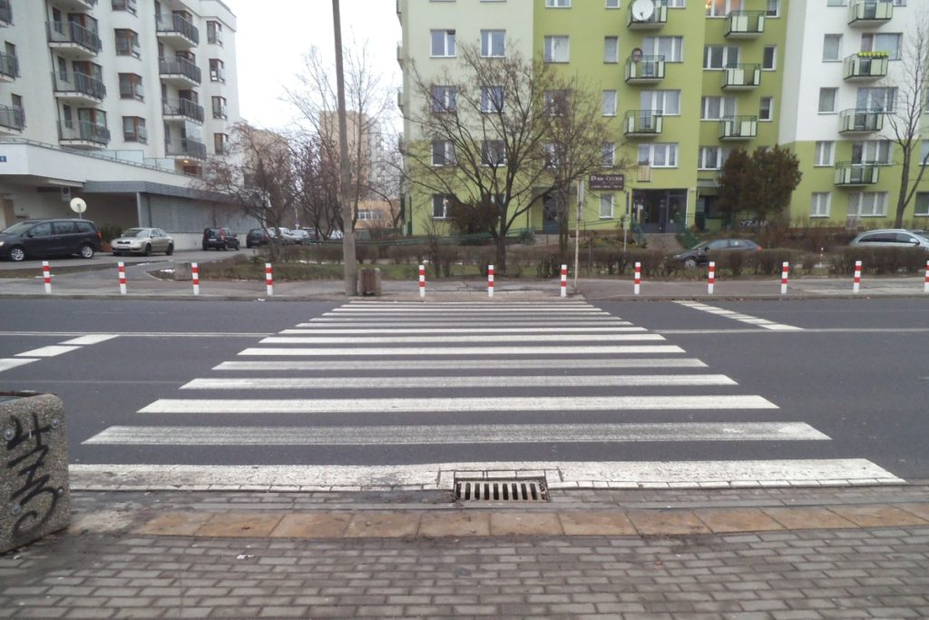 Przejście dla pieszych, ul. Bartóka