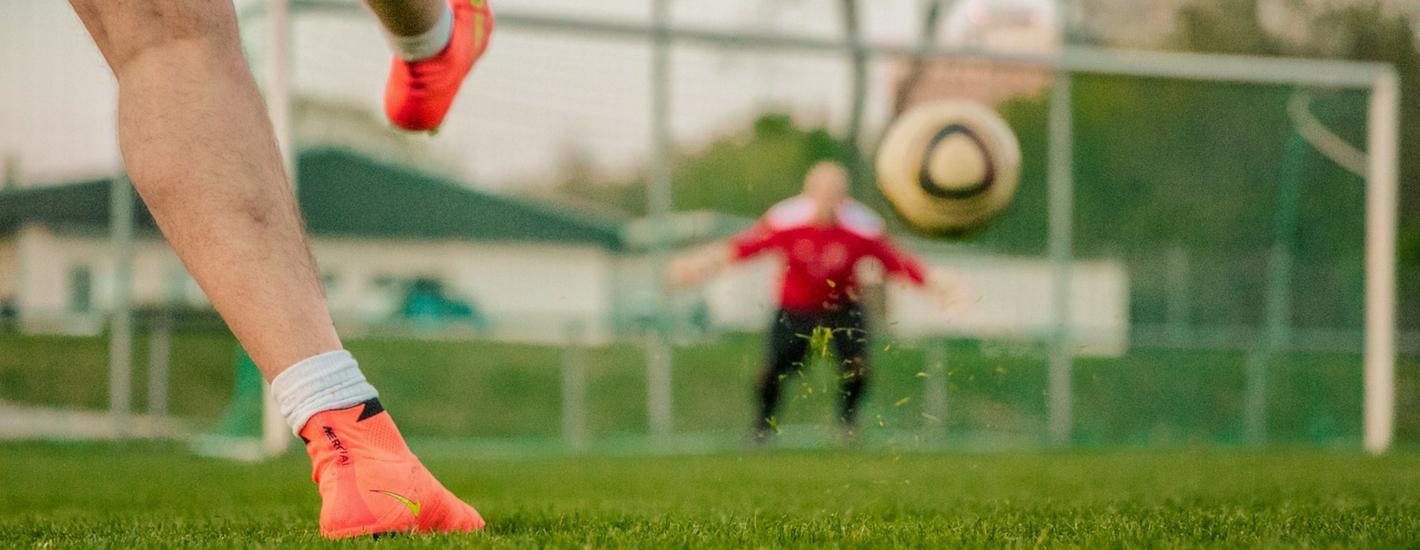 PETYCJA: Budowa pełnowymiarowego boiska piłkarskiego wraz z bieżnią na Ursynowie